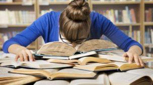 Fazer faculdade a noite: Como conciliar estudos e trabalho?