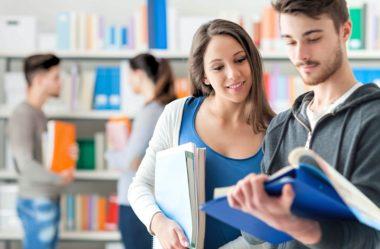 Como escolher a faculdade certa: 4 dicas importantes para ajudar na sua decisão