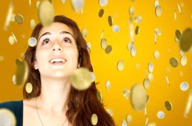 Aprenda 7 dicas simples de como ECONOMIZAR na Faculdade