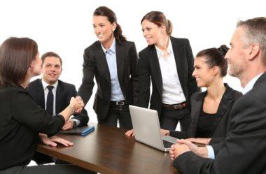 Como conseguir um emprego em tempos de distanciamento social?