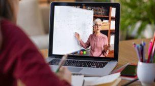 Cursos com Aulas Remotas ao vivo com professores (online) e EAD com aulas gravadas