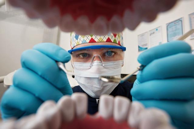 Implantodontia na odontologia